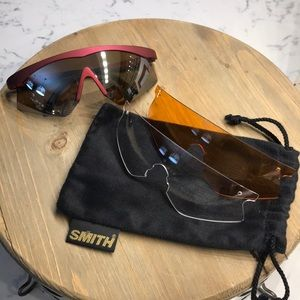 Smith Moab H/P Maroon sunglasses  Preloved